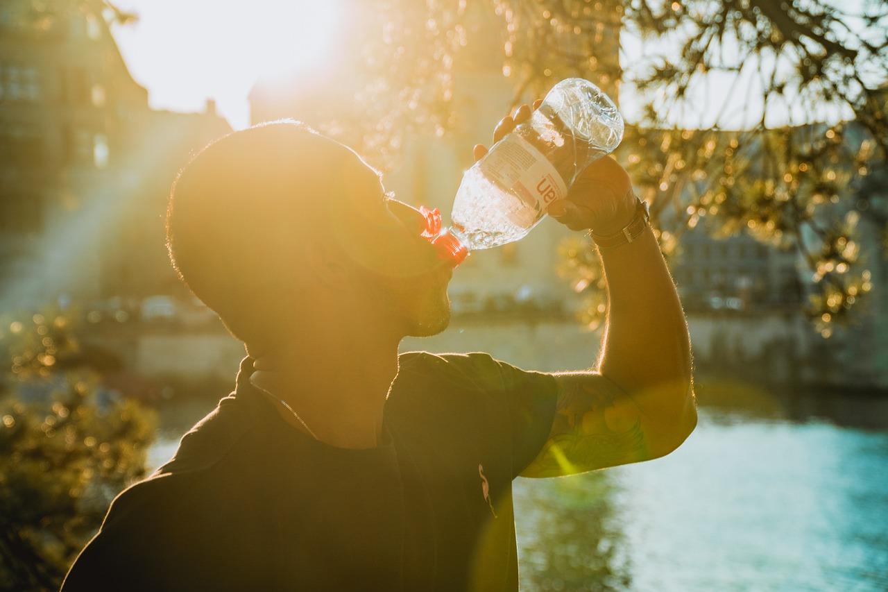 Cermati Faktor Penting Saat Memulai Bisnis Air Minum Kemasan Berikut Ini!